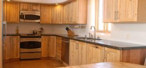 Tips to help you find reputable marine plywood suppliers