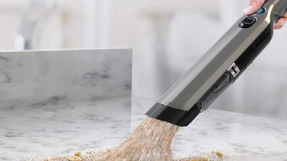 Using vacuum for kitchen cleaning
